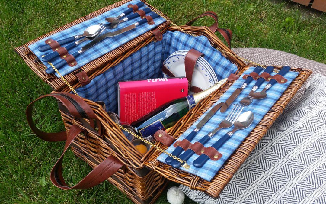 Piknik na rozkvetlé jesenické louce